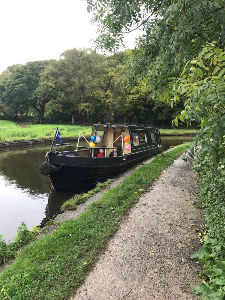 josha moored from front